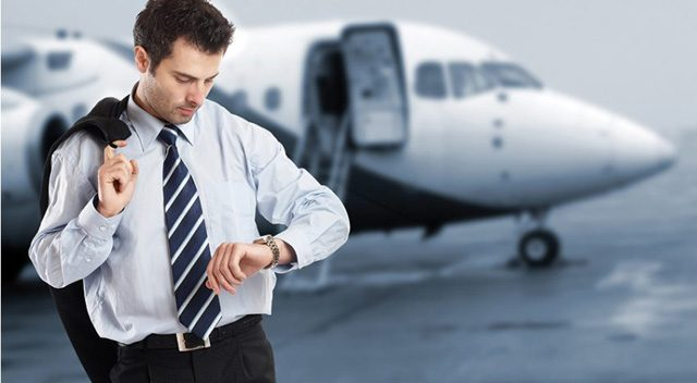 estrés viajeros de negocio