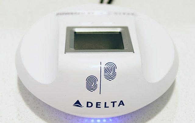 delta acceso con huella