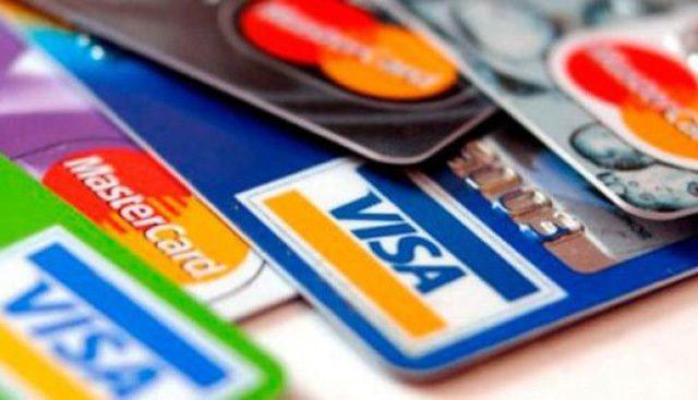 estudio CWT pagos tarjeta de crédito compras personales