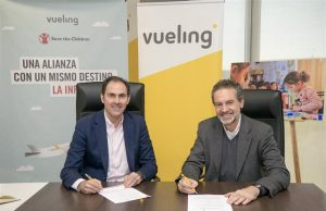 Vueling save the children
