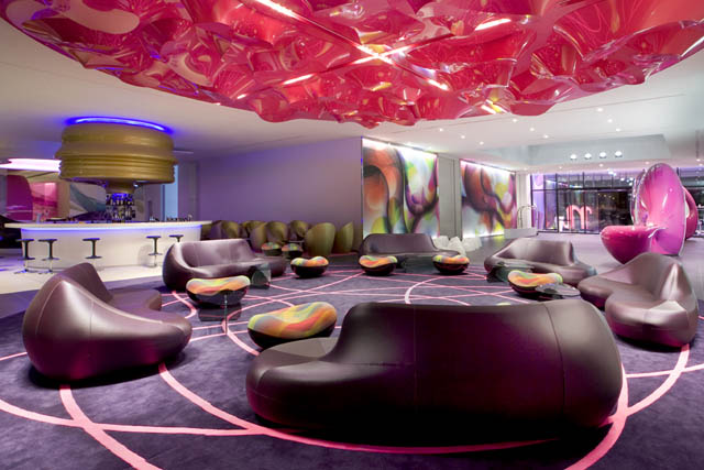Nhow. Lobby lounge