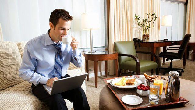 estudio cwt gebta satisfacción experiencia viajeros de negocio