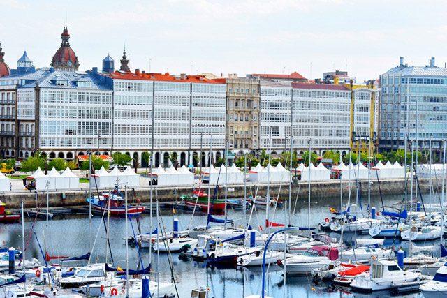 A Coruña Mirando Al Mar Meet In
